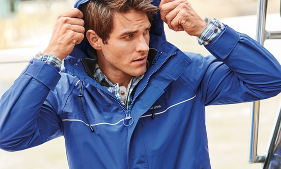 Perfekte Regenjacke für Männer